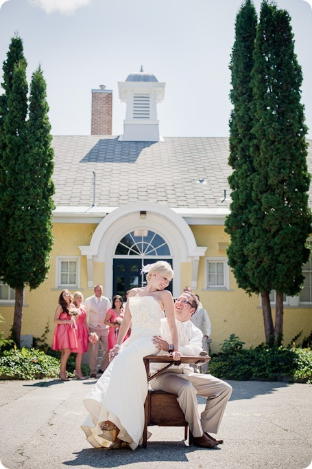 vintage-summerhill-schoolhouse-wedding-Kelowna_44_by-Kevin-Trowbridge