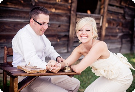 vintage-summerhill-schoolhouse-wedding-Kelowna_84_by-Kevin-Trowbridge