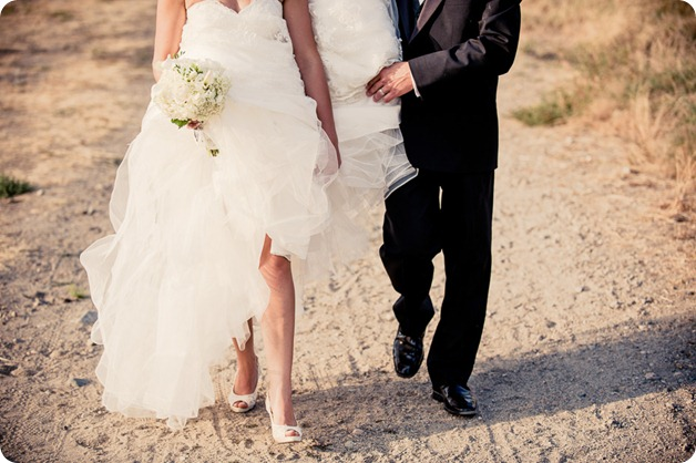 Kaleaden-rustic-elegant-wedding_Ponderosa-Point_Skaha-lake132_by-Kevin-Trowbridge