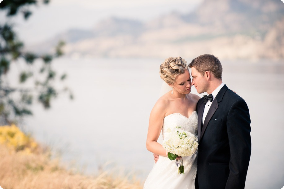 Kaleaden-rustic-elegant-wedding_Ponderosa-Point_Skaha-lake133_by-Kevin-Trowbridge
