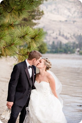 Kaleaden-rustic-elegant-wedding_Ponderosa-Point_Skaha-lake91_by-Kevin-Trowbridge