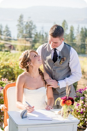 Kelowna-Summerhill-Winery-fall-wedding-vineyard-barn-pyramid-portraits55_by-Kevin-Trowbridge