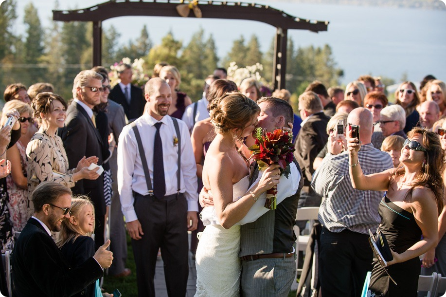 Kelowna-Summerhill-Winery-fall-wedding-vineyard-barn-pyramid-portraits56_by-Kevin-Trowbridge