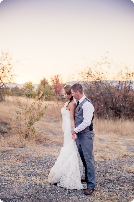 Kelowna-Summerhill-Winery-fall-wedding-vineyard-barn-pyramid-portraits72_by-Kevin-Trowbridge