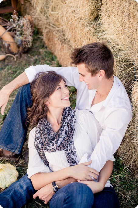 Kelowna-fall-autumn-farm-engagement-session-with-horses_1856_by-Kevin-Trowbridge