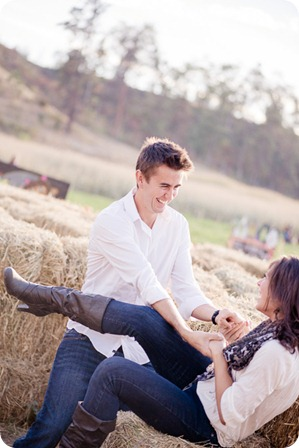 Kelowna-fall-autumn-farm-engagement-session-with-horses_2800_by-Kevin-Trowbridge