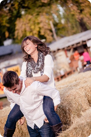 Kelowna-fall-autumn-farm-engagement-session-with-horses_2840_by-Kevin-Trowbridge