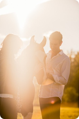 Kelowna-fall-autumn-farm-engagement-session-with-horses_2986_by-Kevin-Trowbridge