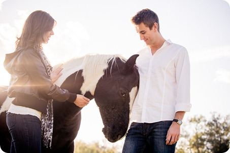 Kelowna-fall-autumn-farm-engagement-session-with-horses_2995_by-Kevin-Trowbridge