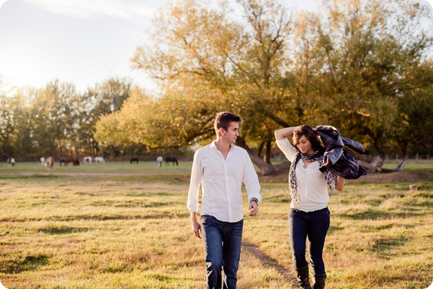 Kelowna-fall-autumn-farm-engagement-session-with-horses_3344_by-Kevin-Trowbridge