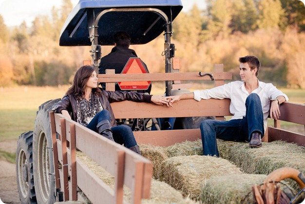 Kelowna-fall-autumn-farm-engagement-session-with-horses_3442_by-Kevin-Trowbridge