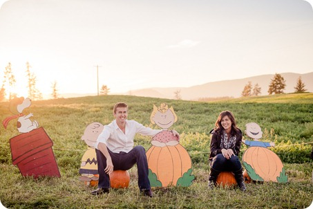 Kelowna-fall-autumn-farm-engagement-session-with-horses_3476_by-Kevin-Trowbridge