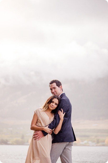 oyama-engagement-session_autumn-portraits108_by-Kevin-Trowbridge