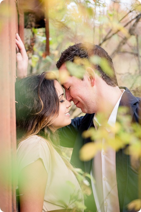 oyama-engagement-session_autumn-portraits113_by-Kevin-Trowbridge