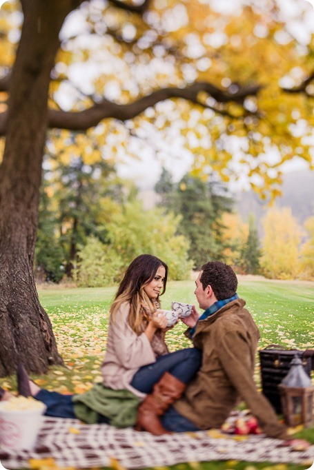 oyama-engagement-session_autumn-portraits72_by-Kevin-Trowbridge