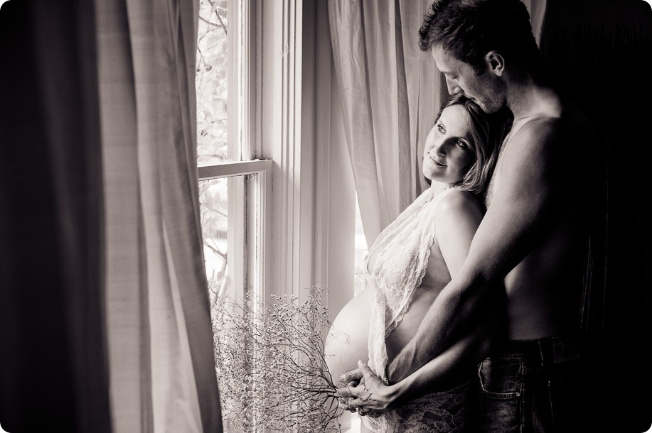 kelowna-beauty-session_maternity-portraits03_by-Kevin-Trowbridge