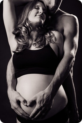 kelowna-beauty-session_maternity-portraits09_by-Kevin-Trowbridge
