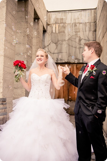 wedding-photography-Summerhill-Winery-Kelowna-winter-Pyramid_145816_by-Kevin-Trowbridge