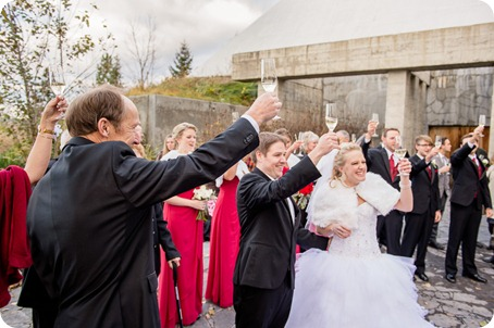 wedding-photography-Summerhill-Winery-Kelowna-winter-Pyramid_150938_by-Kevin-Trowbridge