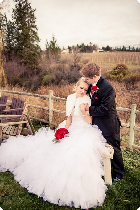 wedding-photography-Summerhill-Winery-Kelowna-winter-Pyramid_160402_by-Kevin-Trowbridge
