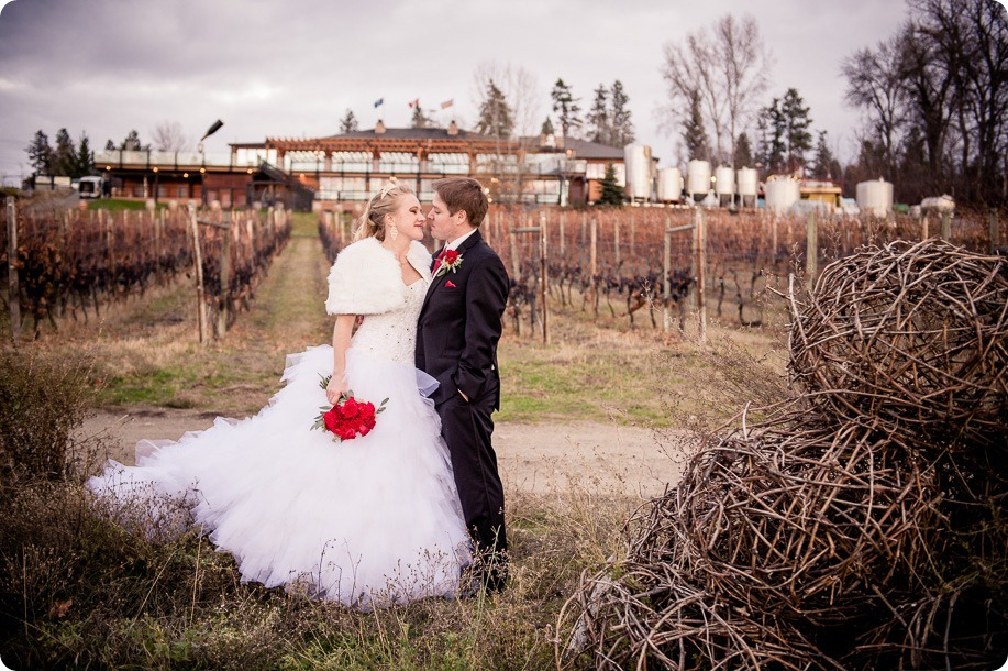 wedding-photography-Summerhill-Winery-Kelowna-winter-Pyramid_160700_by-Kevin-Trowbridge