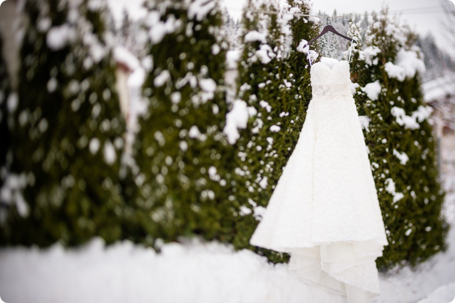 okanagan_winter-wedding_new-year's-eve05_by-Kevin-Trowbridge