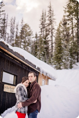 Silverstar-winter-engagement-session_horse-drawn-sleigh77_by-Kevin-Trowbridge