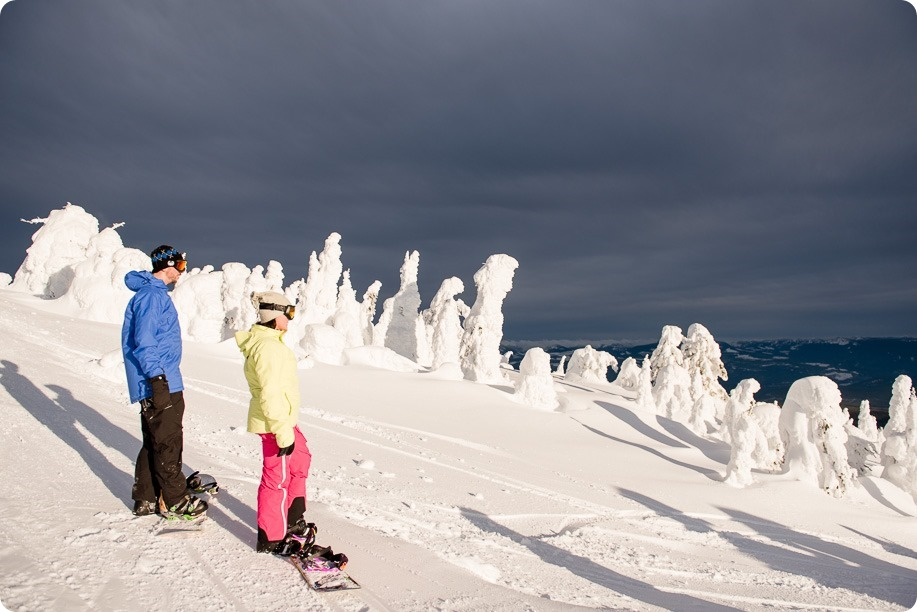Big-White_snowboard-engagement-session_snowghost-portraits_103_by-Kevin-Trowbridge