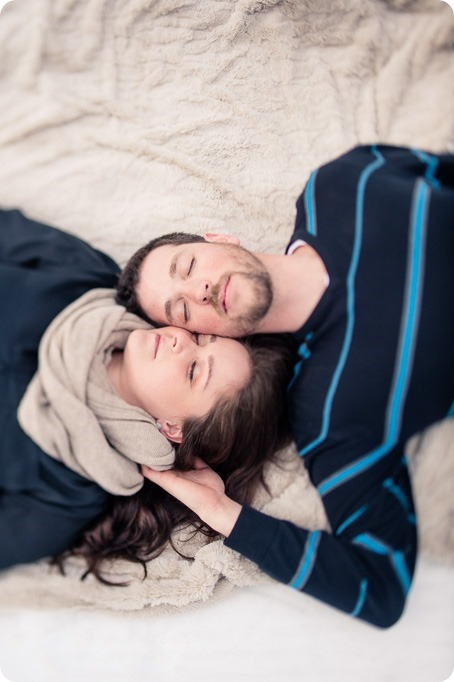 Big-White_snowboard-engagement-session_snowghost-portraits_30_by-Kevin-Trowbridge