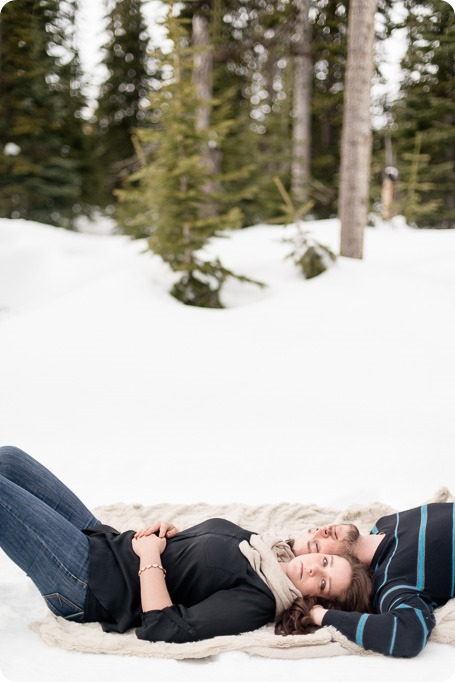 Big-White_snowboard-engagement-session_snowghost-portraits_31_by-Kevin-Trowbridge