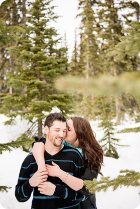 Big-White_snowboard-engagement-session_snowghost-portraits_40_by-Kevin-Trowbridge