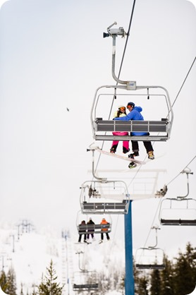 Big-White_snowboard-engagement-session_snowghost-portraits_60_by-Kevin-Trowbridge