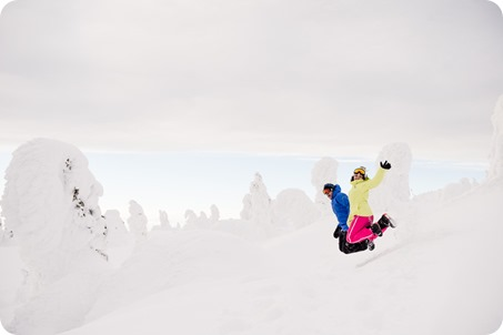 Big-White_snowboard-engagement-session_snowghost-portraits_77_by-Kevin-Trowbridge