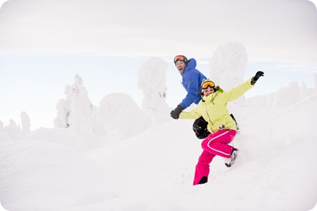 Big-White_snowboard-engagement-session_snowghost-portraits_78_by-Kevin-Trowbridge