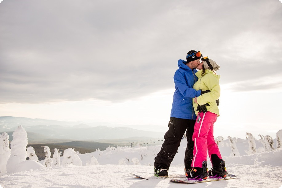 Big-White_snowboard-engagement-session_snowghost-portraits_96_by-Kevin-Trowbridge