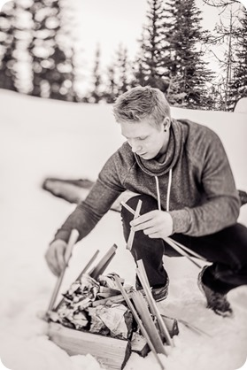 Crystal-Mountain_Kelowna-engagement-session_snowshoeing-smores_104_by-Kevin-Trowbridge