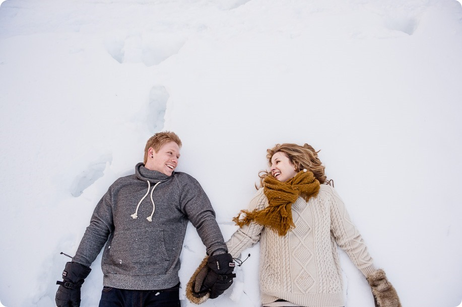 Crystal-Mountain_Kelowna-engagement-session_snowshoeing-smores_119_by-Kevin-Trowbridge