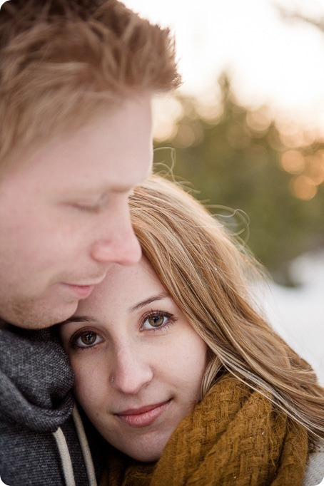 Crystal-Mountain_Kelowna-engagement-session_snowshoeing-smores_121_by-Kevin-Trowbridge