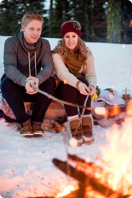 Crystal-Mountain_Kelowna-engagement-session_snowshoeing-smores_134_by-Kevin-Trowbridge