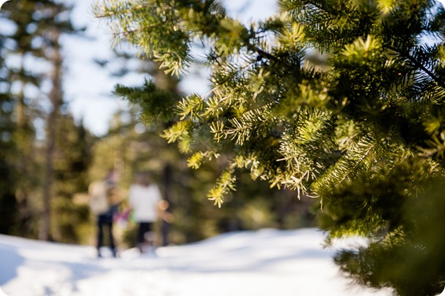 Crystal-Mountain_Kelowna-engagement-session_snowshoeing-smores_22_by-Kevin-Trowbridge