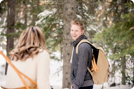 Crystal-Mountain_Kelowna-engagement-session_snowshoeing-smores_33_by-Kevin-Trowbridge