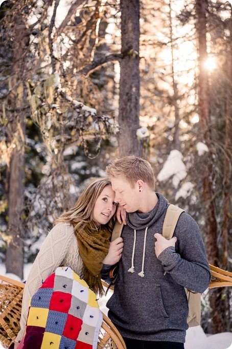 Crystal-Mountain_Kelowna-engagement-session_snowshoeing-smores_38_by-Kevin-Trowbridge