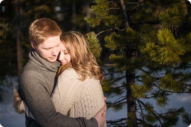 Crystal-Mountain_Kelowna-engagement-session_snowshoeing-smores_52_by-Kevin-Trowbridge