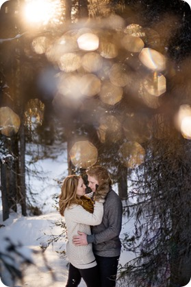 Crystal-Mountain_Kelowna-engagement-session_snowshoeing-smores_58_by-Kevin-Trowbridge