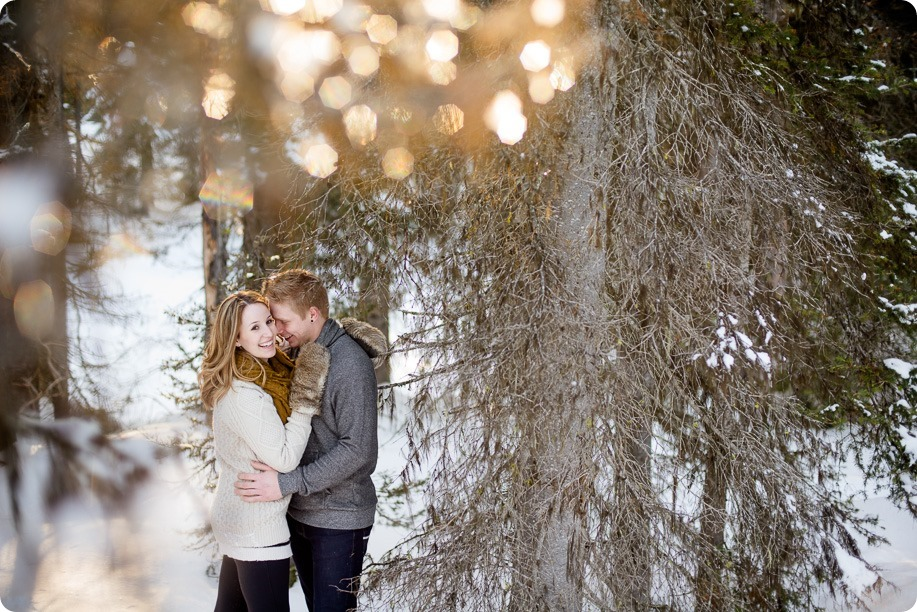 Crystal-Mountain_Kelowna-engagement-session_snowshoeing-smores_59_by-Kevin-Trowbridge