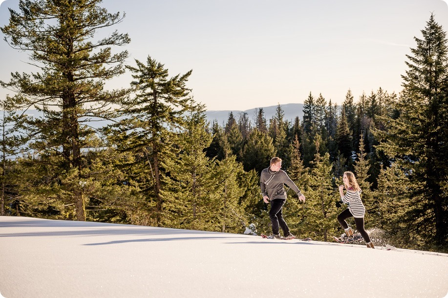 Crystal-Mountain_Kelowna-engagement-session_snowshoeing-smores_73_by-Kevin-Trowbridge