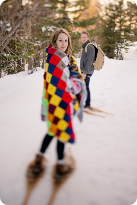 Crystal-Mountain_Kelowna-engagement-session_snowshoeing-smores_90_by-Kevin-Trowbridge