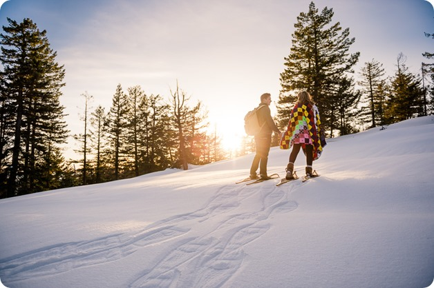 Crystal-Mountain_Kelowna-engagement-session_snowshoeing-smores_92_by-Kevin-Trowbridge