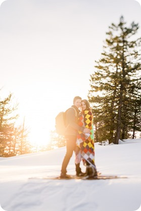 Crystal-Mountain_Kelowna-engagement-session_snowshoeing-smores_93_by-Kevin-Trowbridge