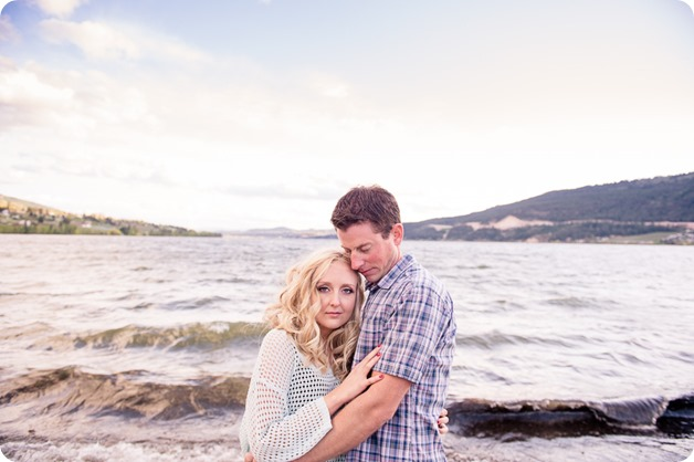 convertible-Cadillac_engagement-portraits_travel-cherry-orchard_Okanagan_108_by-Kevin-Trowbridge